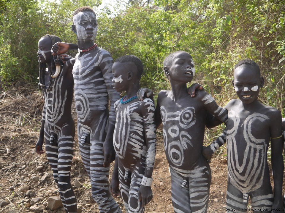 Little teen and tribu african 2