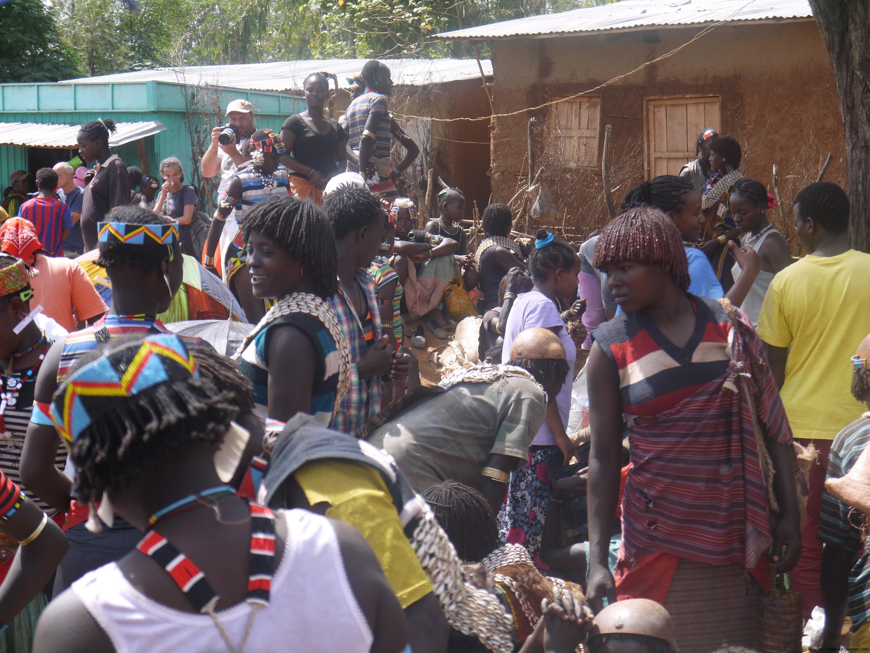 Konso market - tribe people