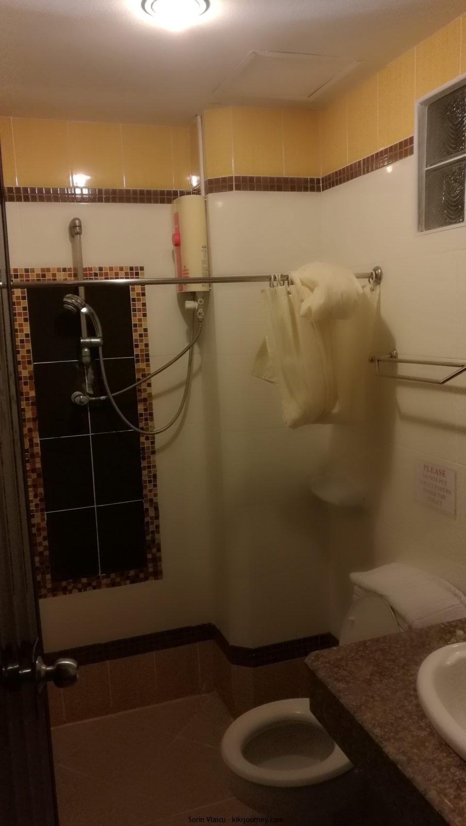 Bathroom-Thong-Ta-Resort-Suvarnabhumi