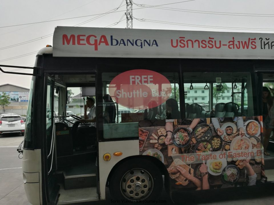 Mega Bangna Bus
