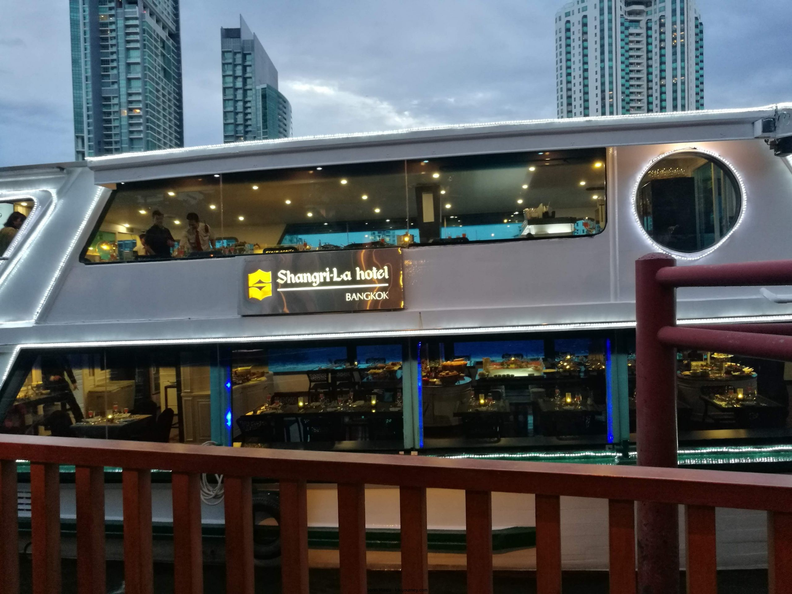 Chao Phraya River Cruise Without Dinner Bangkok (Guide 2021)