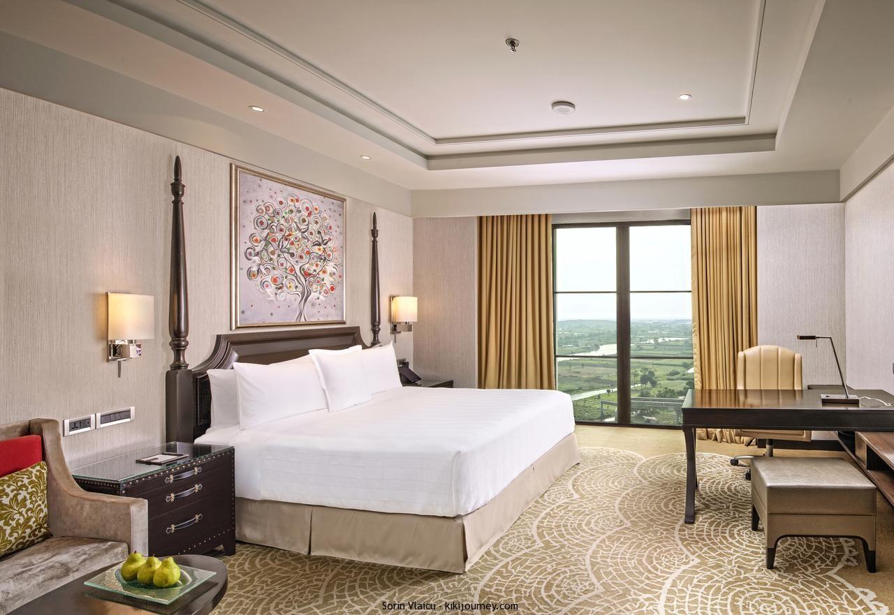Gay Friendly Hotels Kolkata