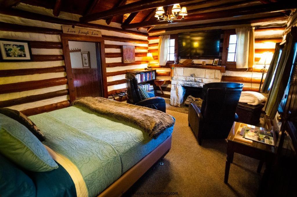 Gay Friendly Hotels Eureka Springs Arkansas