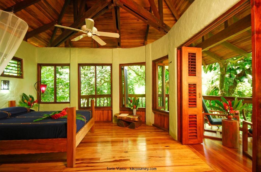 Playa Nicuesa Rainforest Eco Sanctuary