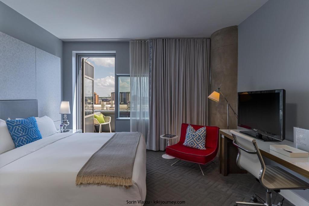 gay hotels austin tx