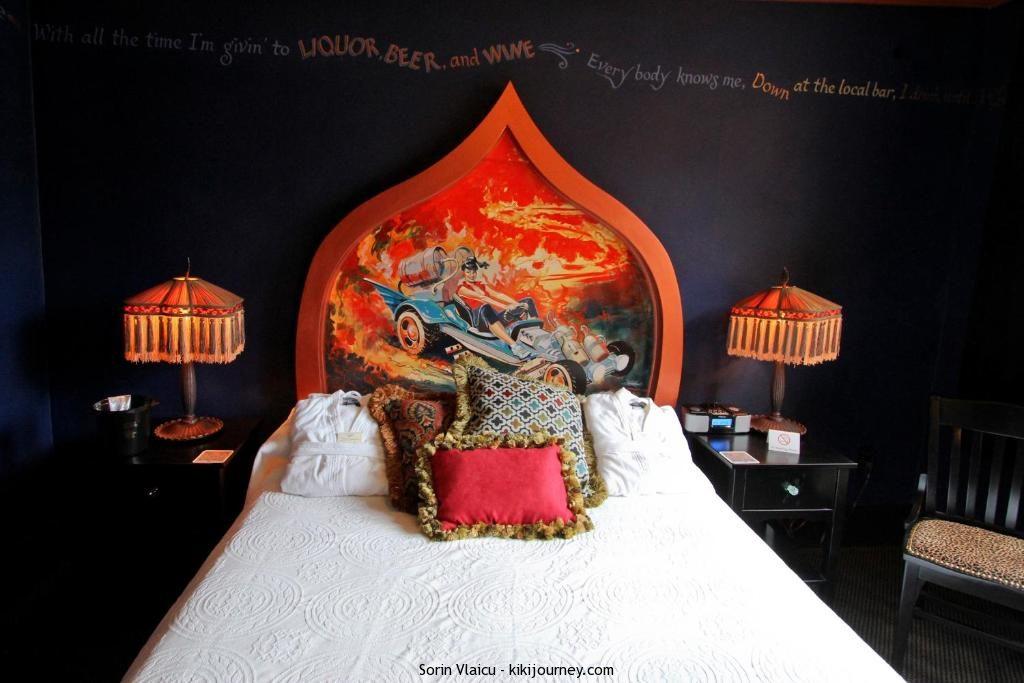 gay portland oregon hotels