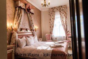 Best 3 Hotels Near Sibiu Christmas Market – Old Town( 2021)