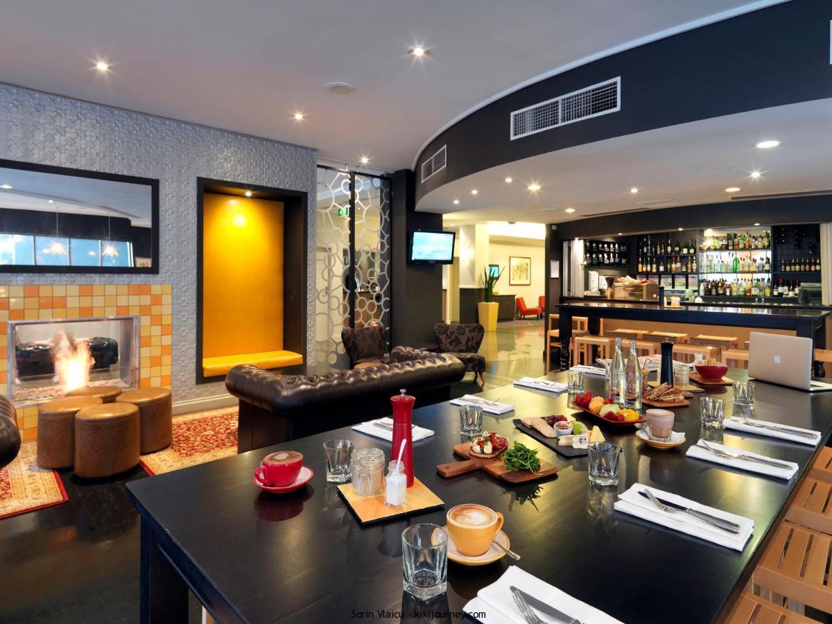 Hotels Near MelbourneChristmas Market