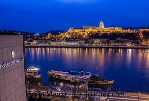 Best 3 Hotels Near Budapest Christmas Market – Vörösmarty Square ( 2021)
