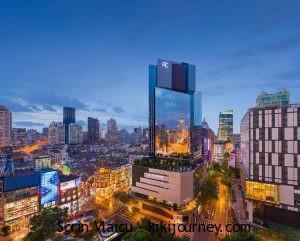Best 3 Hotels Near Shanghai Christmas Market ( 2021) | The Bund